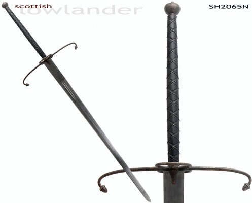 ''Lowlander'' Two-Handed Great Sword (Antiqued)